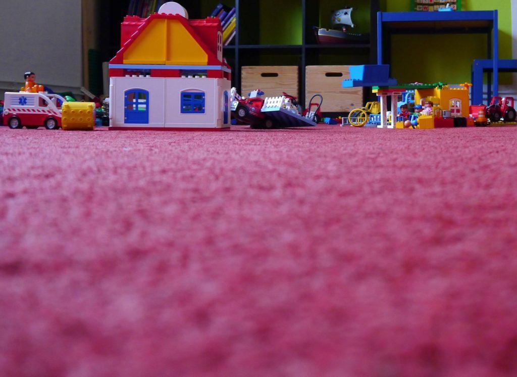 oyun terapisi atasehir cocuk psikolog tedavi istanbul randevu pedagog tavsiye